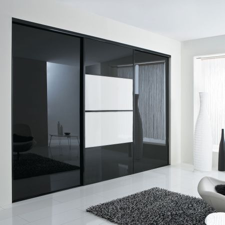 fa ade de placard coulissante 3 portes verre laqu blanc. Black Bedroom Furniture Sets. Home Design Ideas